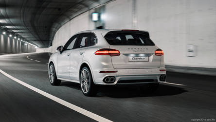 Porsche Cayenne Turbo - White