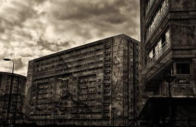 Alluring disfiguration by Blackfilm