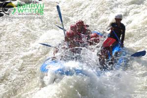 Digulung Ombak (Rafting Serayu) by SerayuRafting