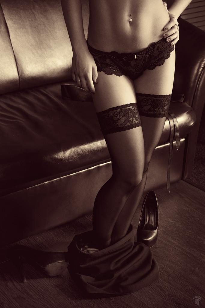 Sonya #4 Legs by ursus25