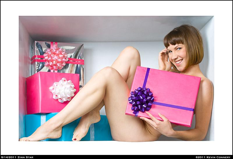 Zinn Star-Inside the Box XIV by Keradwc