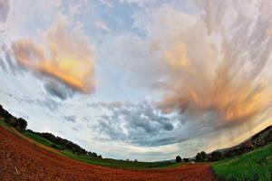 Evening sky by luka567