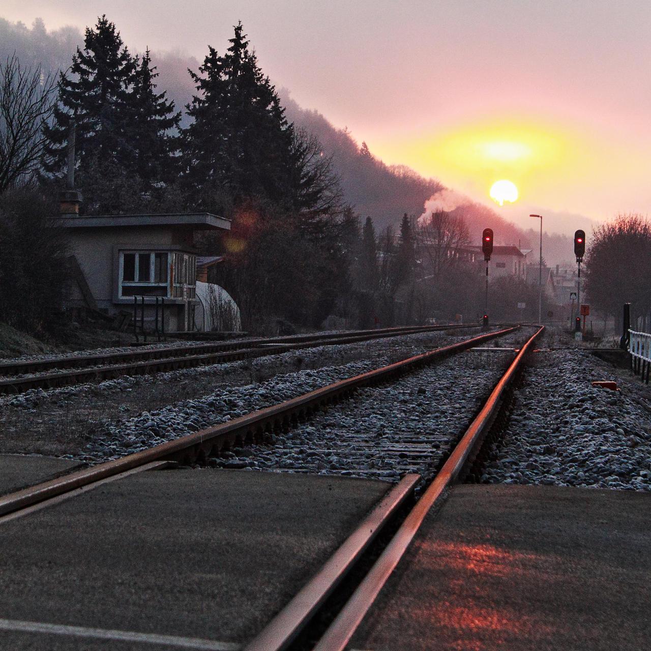 Sunrise by luka567