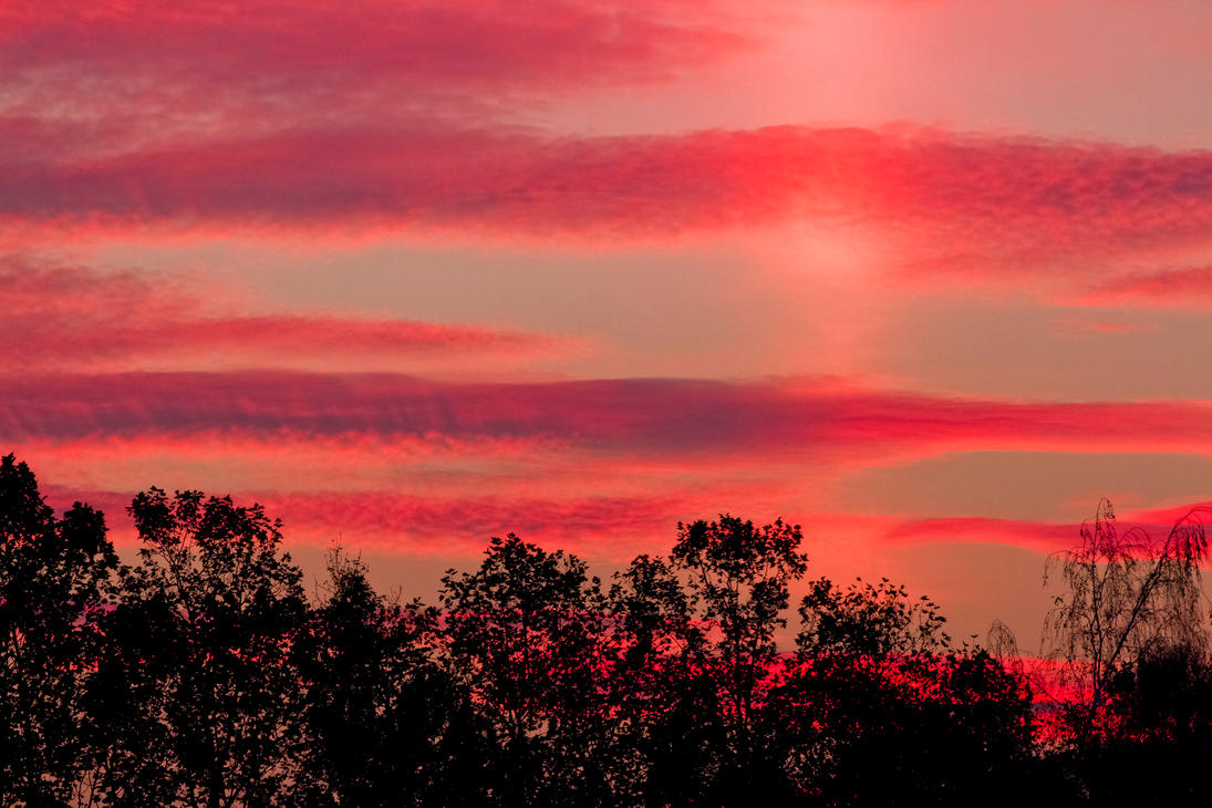 Red sunset II by luka567