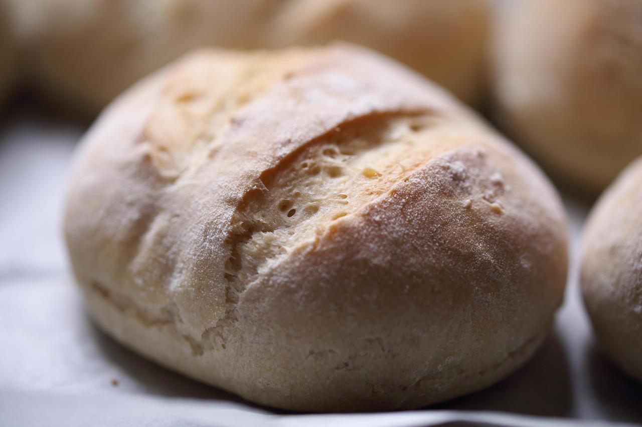 Bread by luka567