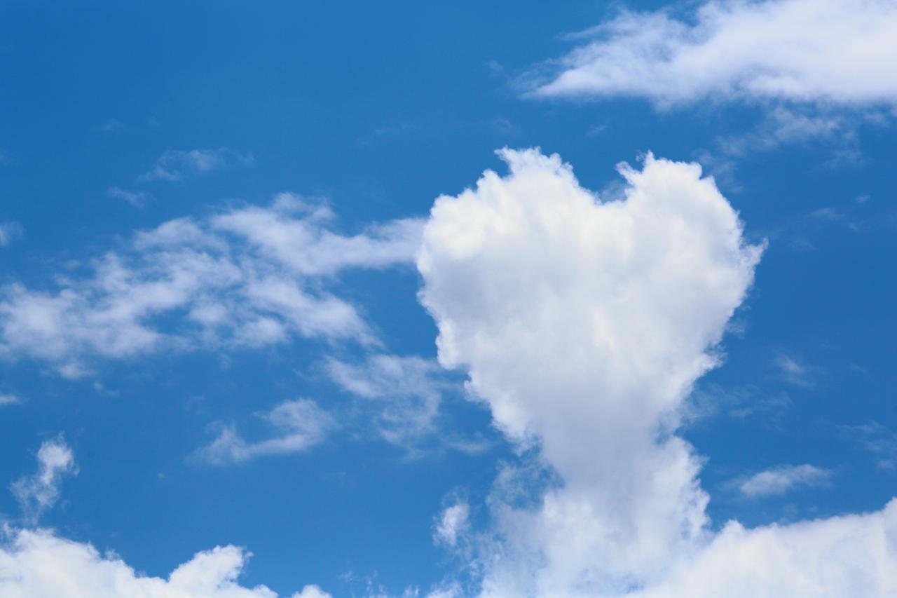 Heart in the sky by luka567