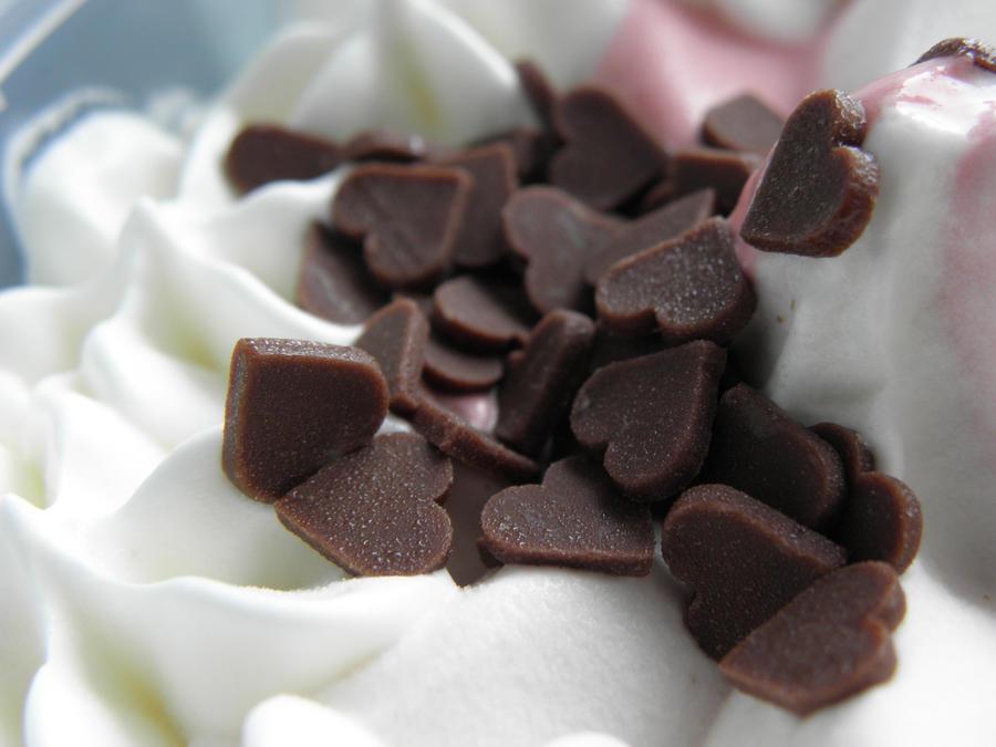 Čokoladna romantika Ice_cream_by_rynakatte-d3dyo6s