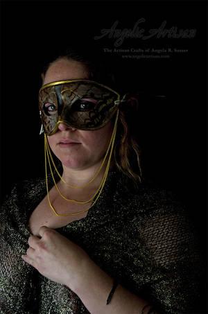 White Peacock Butterfly Mask II feat. Lady Skygge