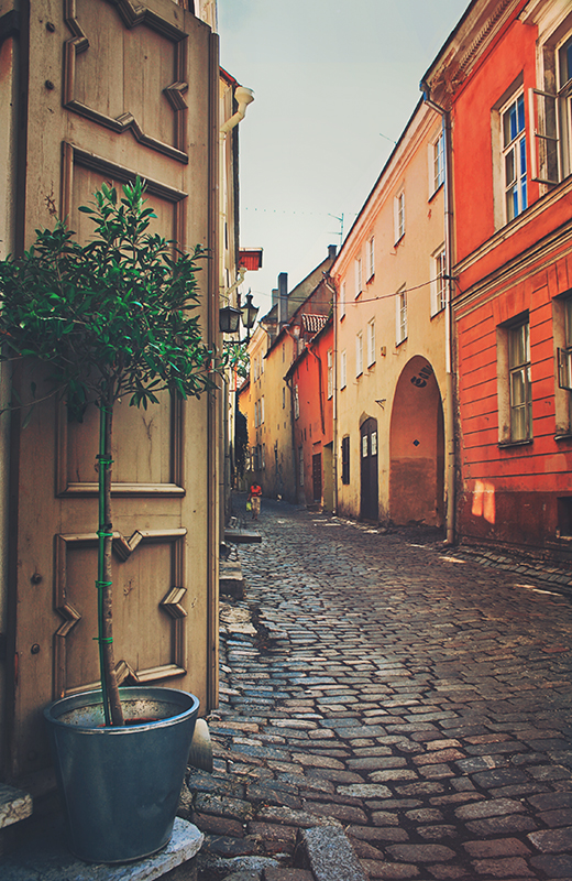 Tallinn street by kiritani-akira