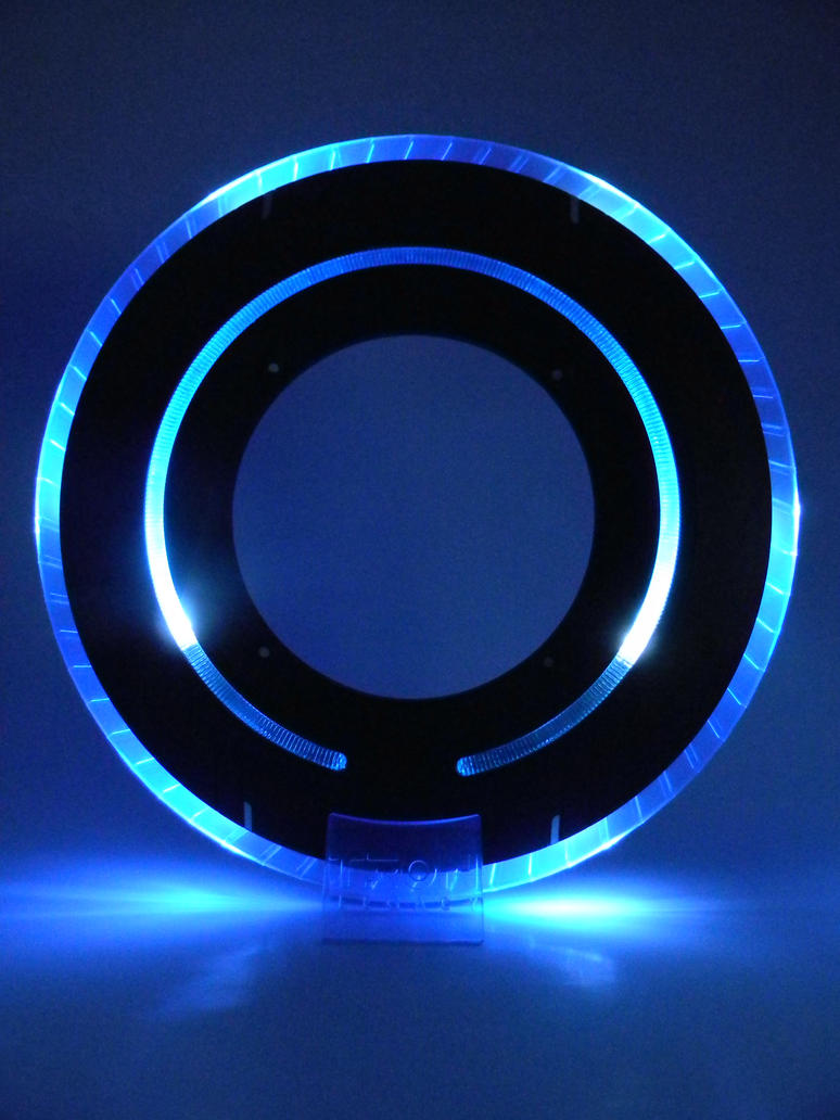 Photograph of Tron: Legacy Identity Disc by remijones.deviantart.com