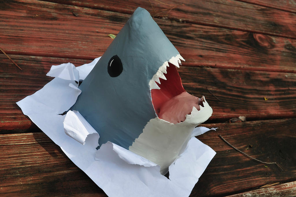 Recycled Shark Alert! Sharks Made out of paper rolls project Paints