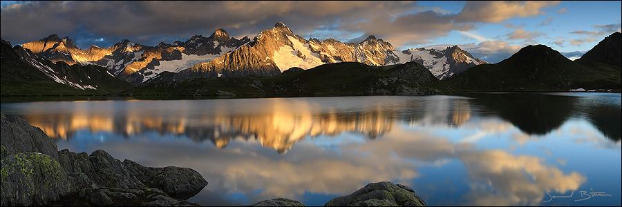 Lacs de Fenetre by samuelbitton