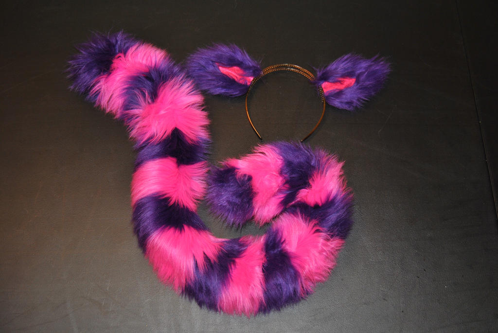 Cheshire Cat Ears Small Tail Set Sold Out By Dark Wolf