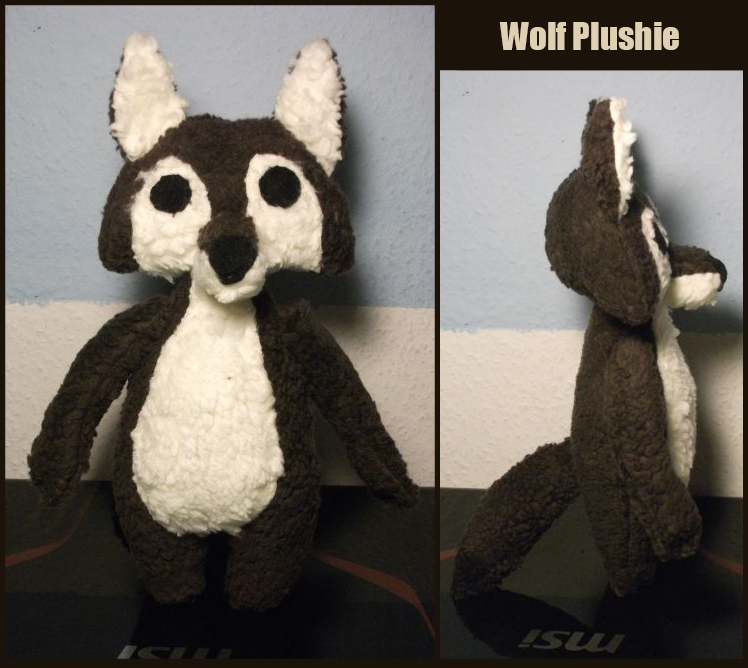 Wolf plushie for Tuka by Kampfkewob