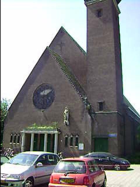 Church from Rotterdam by TammuzAsmodeus