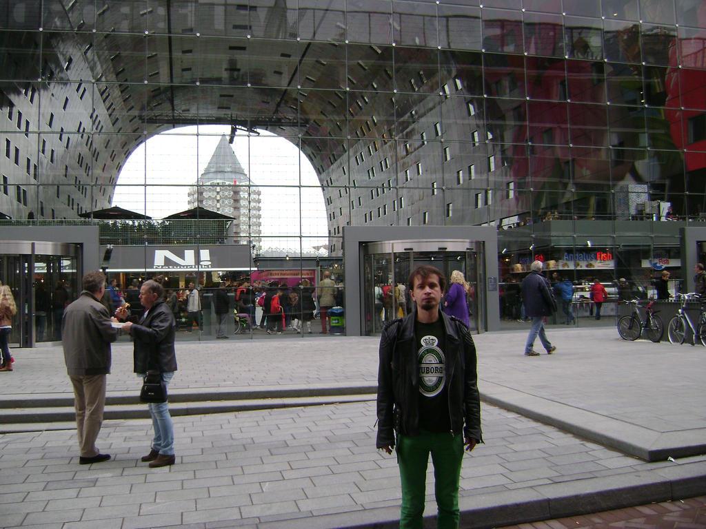 Rotterdam Market Hall VII by TammuzAsmodeus