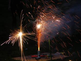 Fireworks II by molicalynden