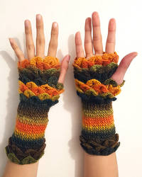 Rosemary Arm Warmers by SBuzzard