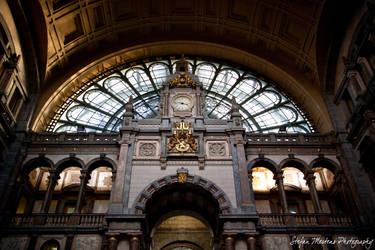 Central Station Inside Entranc