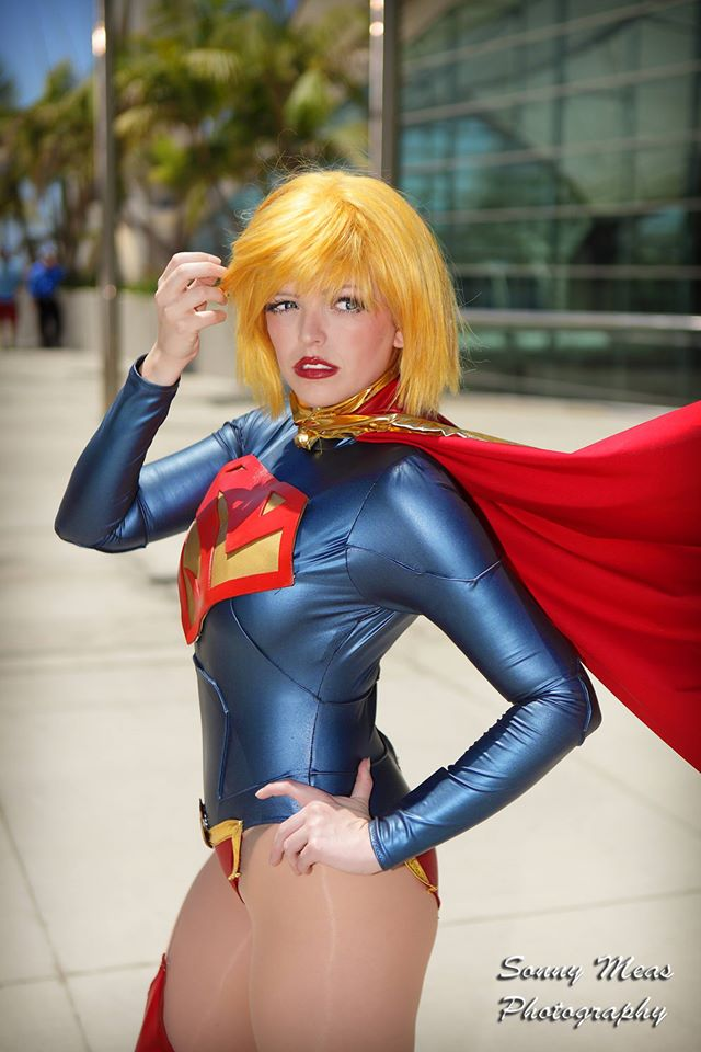 Supergirl by ArtfulAnarchy