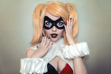 Harley Quinn by Helen-Stifler