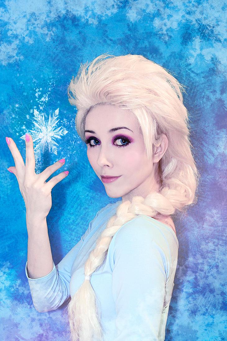 Frozen Elsa test cosplay by Helen-Stifler