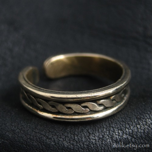 Viking bronze ring by Sulislaw