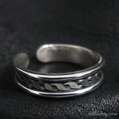 Viking silver ring by Sulislaw
