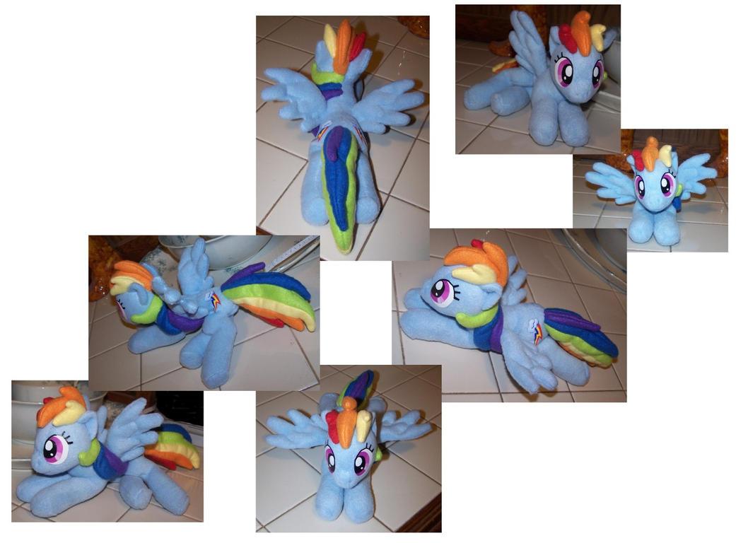 small Rainbow dash by Helgafuggly
