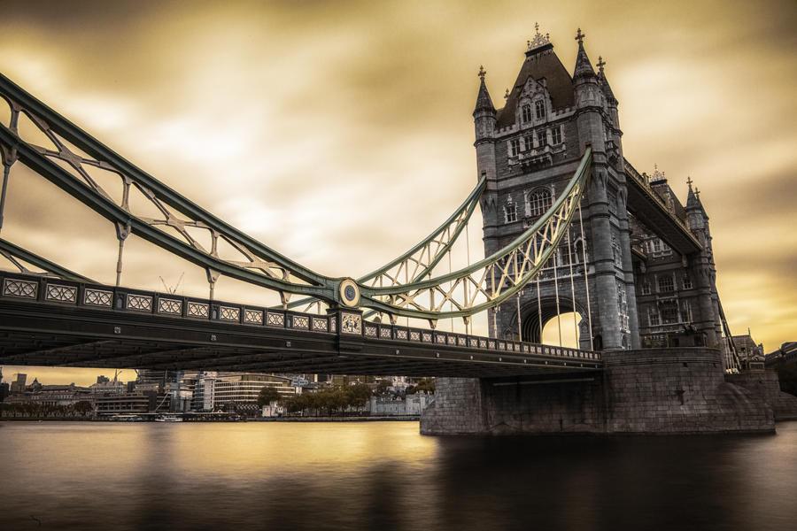 Tower bridge by Lad2-0