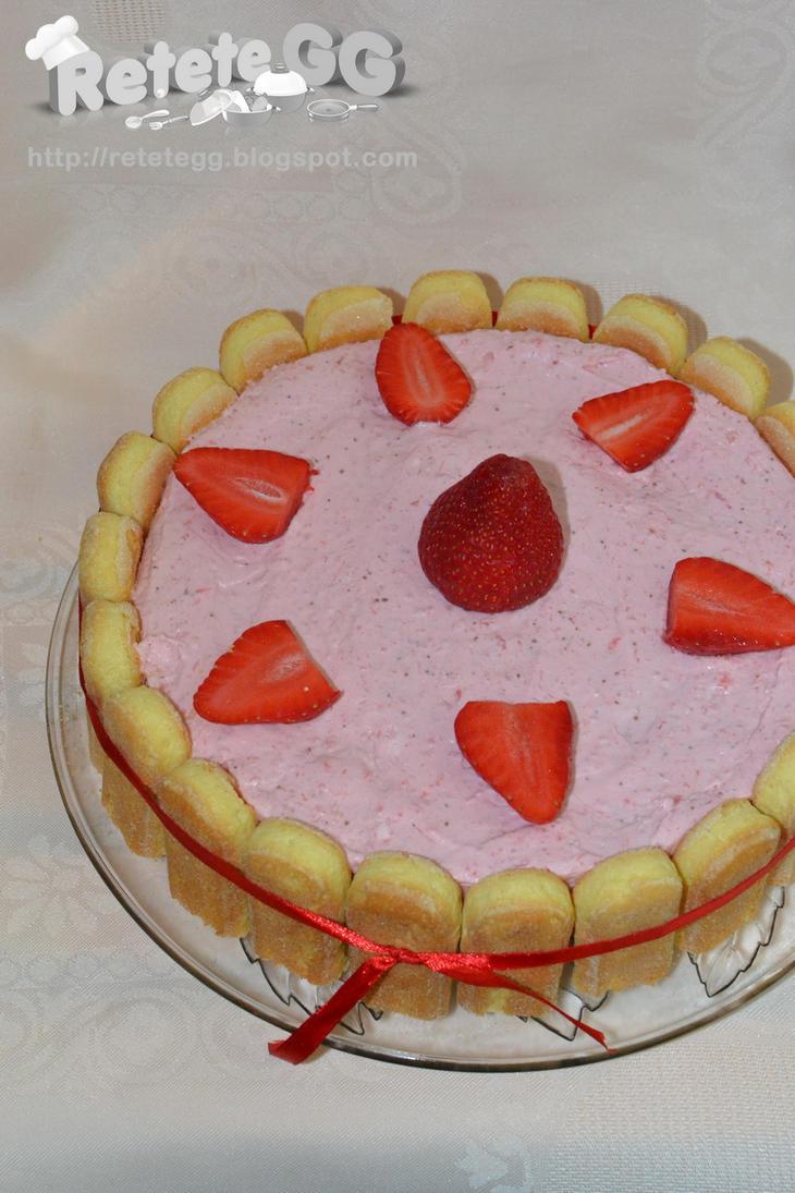 Strawberry cream cake by DanutzaP