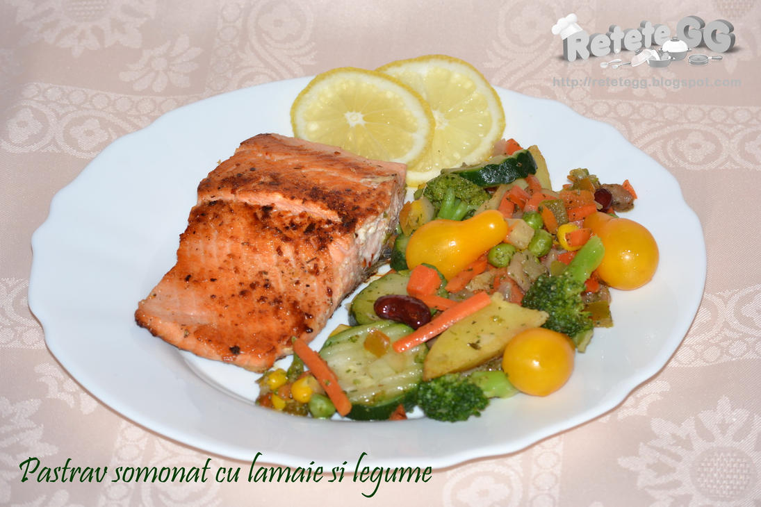 Salmon trout with vegetables by DanutzaP