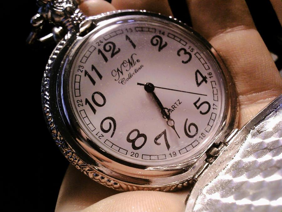 Satovi ,casovnici,vreme... Time_passing_by_sadica0