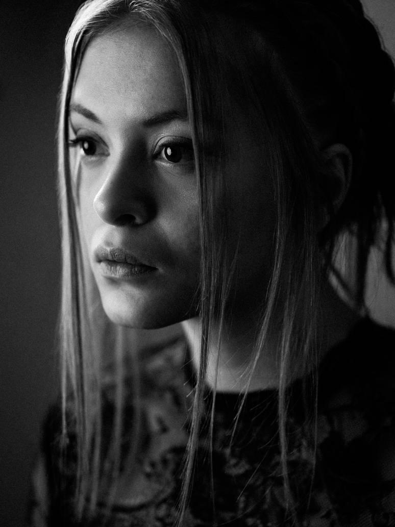 Alina by LichtReize