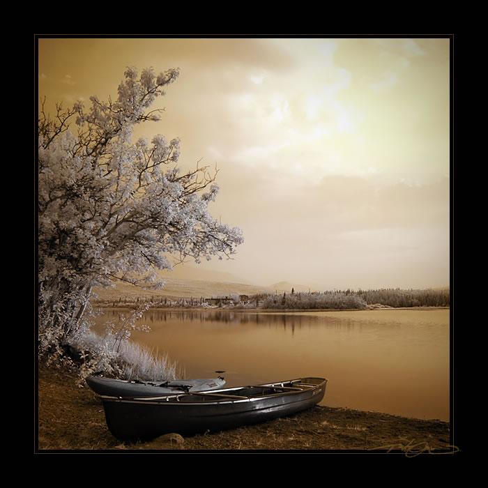 Canoe.. by tisbone