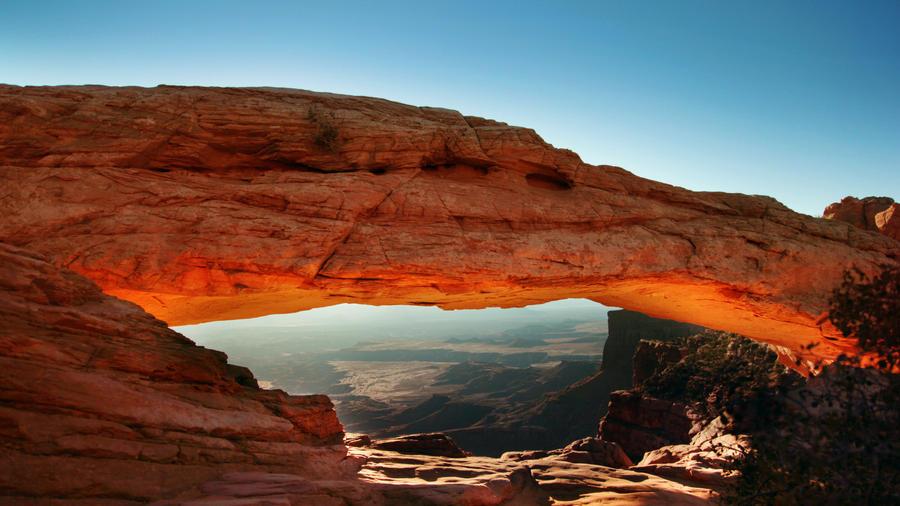 Glowing Arch by dozzyExplorer