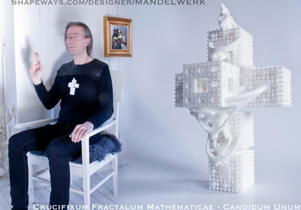 Crucifixum Fractalum Mathematicae - Candidum Unum by MANDELWERK