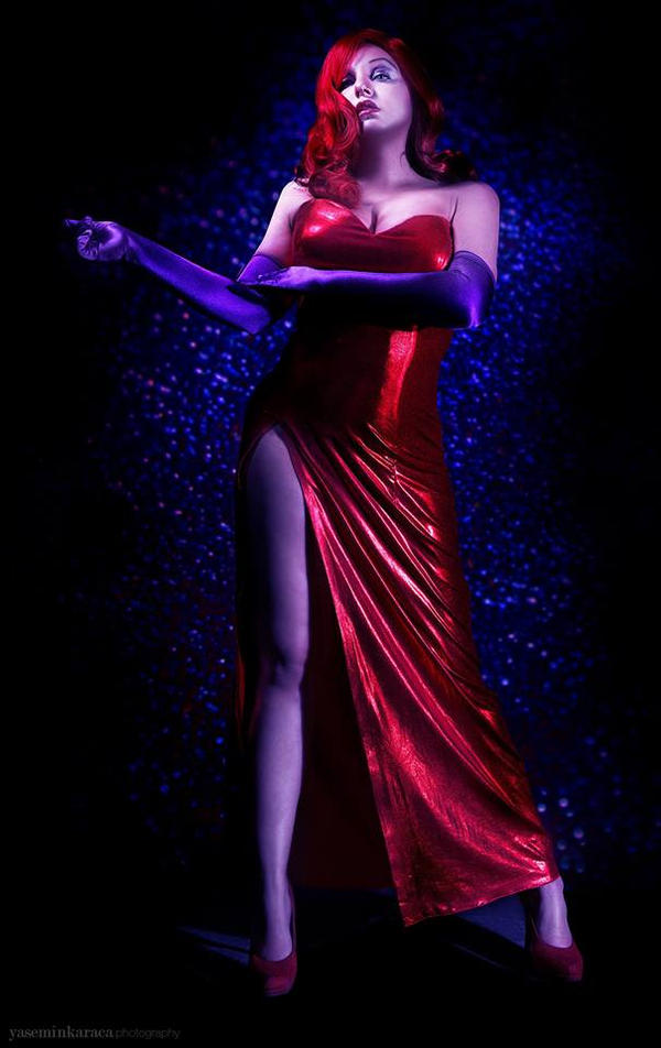 Jessica Rabbit Cosplay by platypa