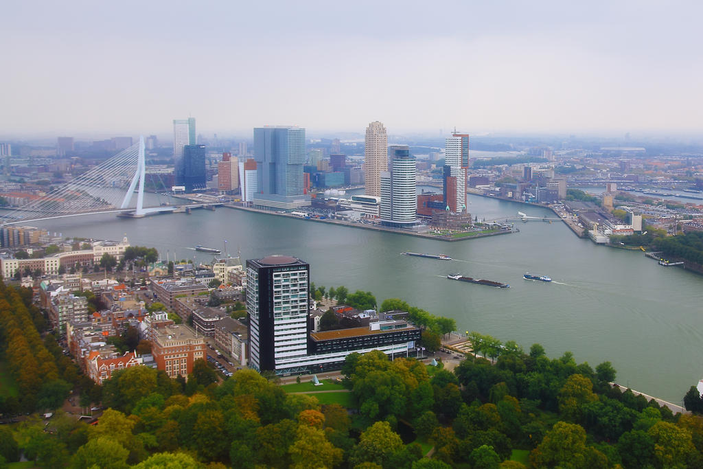 Rotterdam by lichtschrijver