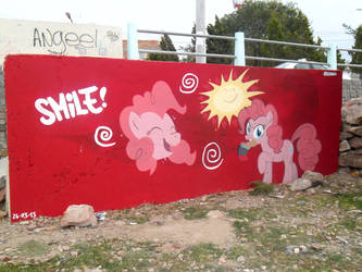 Smile - Pinkie Pie Graffiti
