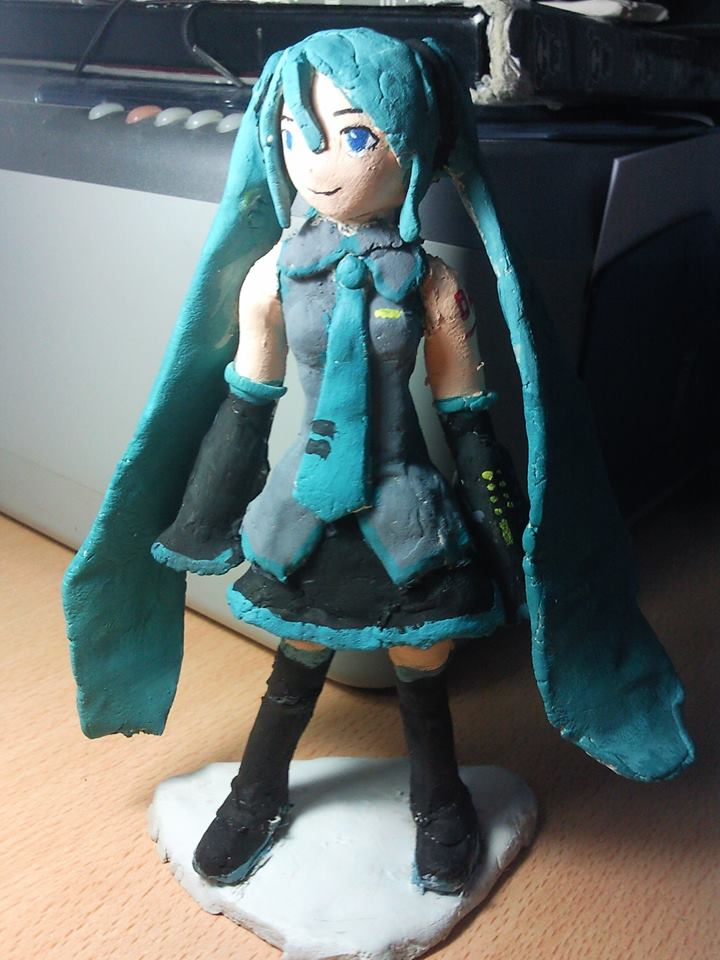 Miku figure by albimola