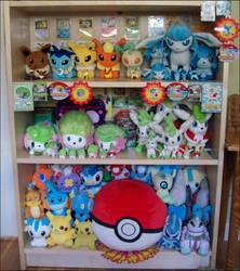 Collection Shelf: 4-9-09 by koigokorosakura