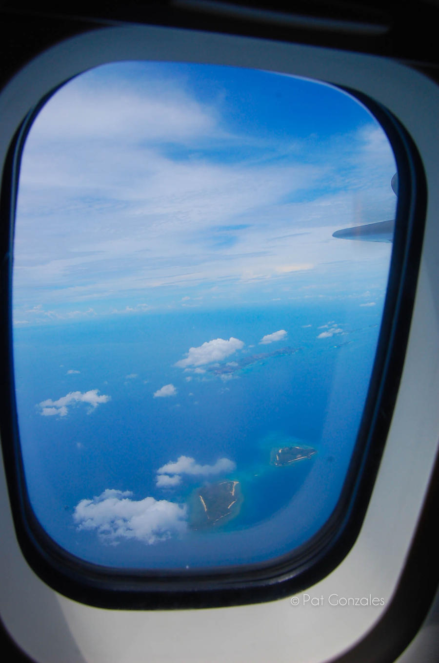 Airplane window view by teachmehowto on DeviantArt