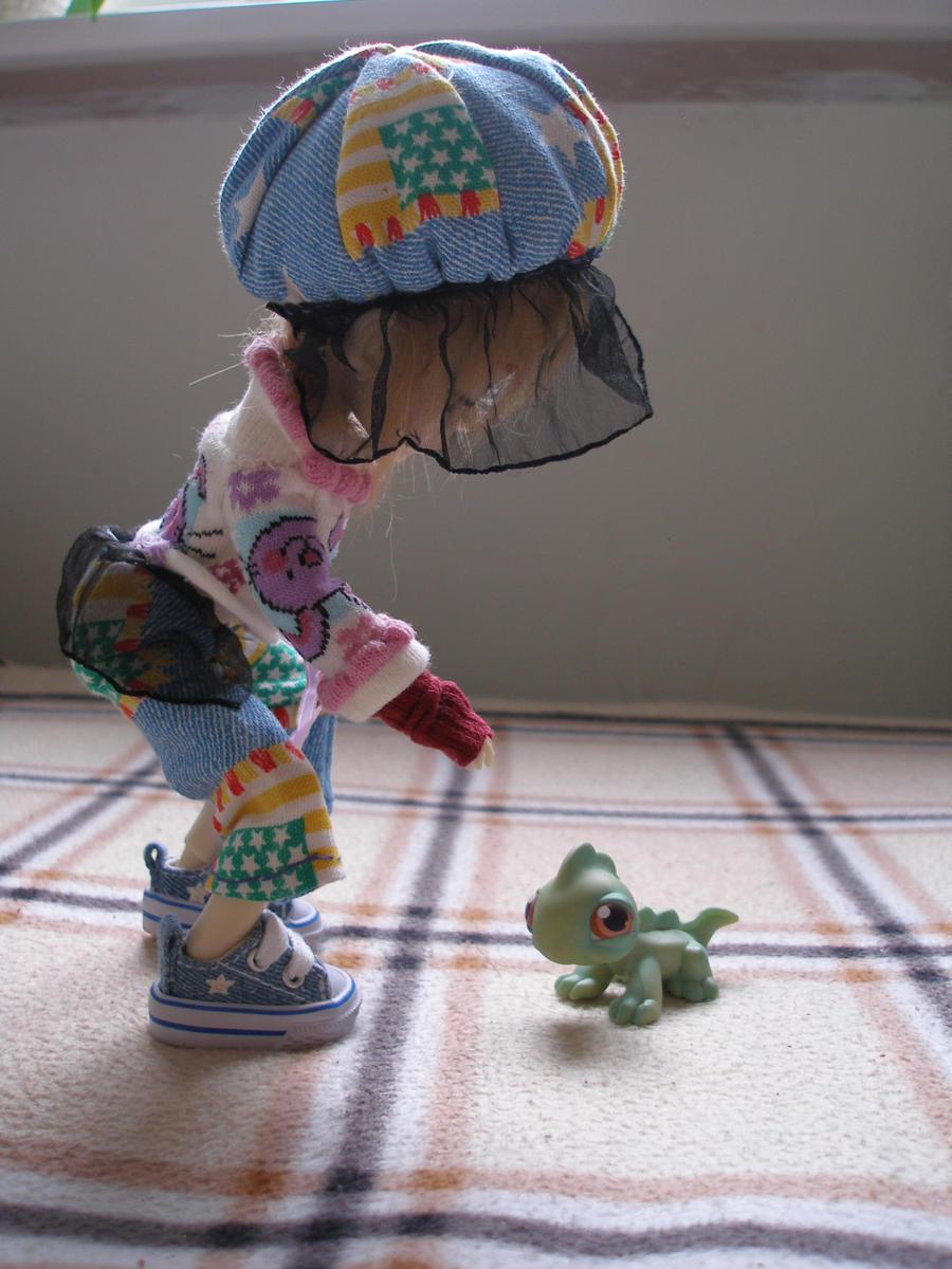 my Hujoo doll Luna 'n gekkon by J-C-P
