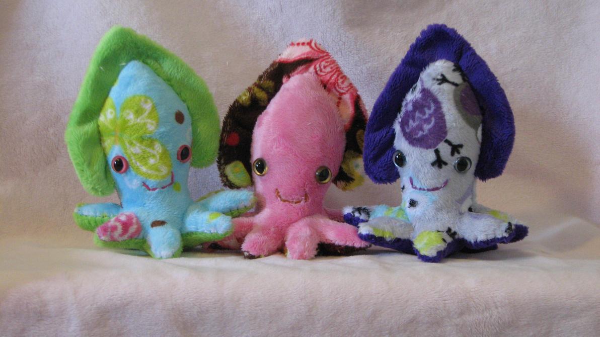 Cuddlywuddlyfishies by WhimzicalWhizkerz