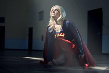 Supergirl - Sun gives me the power by bossi-nassatko