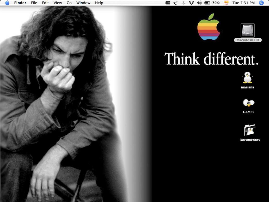 Desktop by manthra