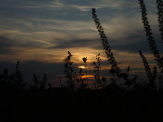 Sundown - Szentlorinc by blueyesdigital