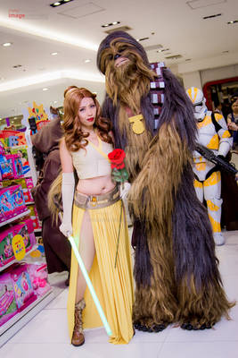 Beauty and the Chewie