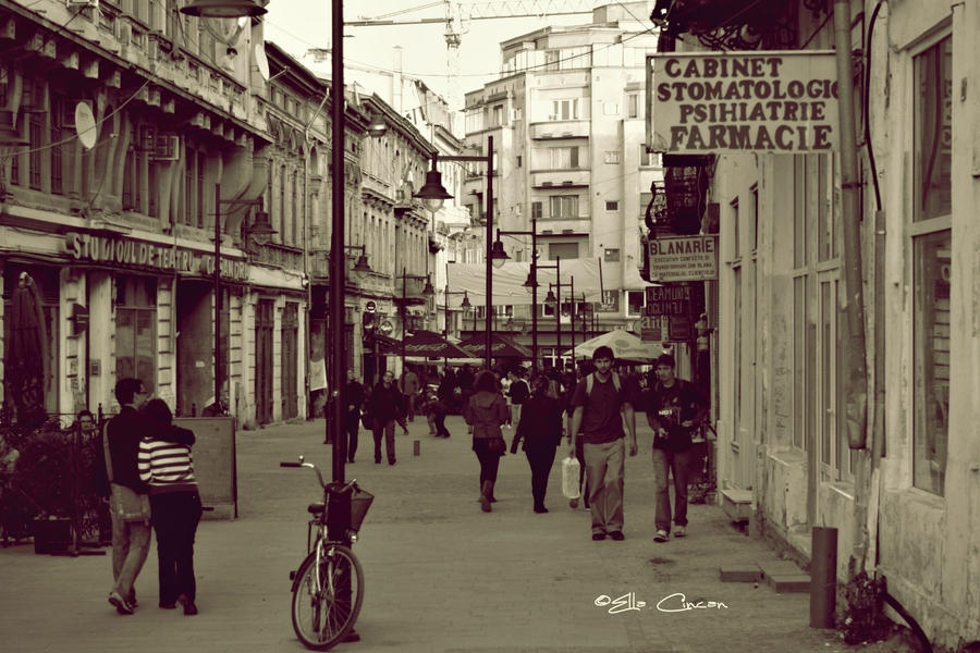 French Street by LikeWind